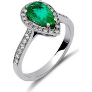 Δαχτυλίδι από λευκό χρυσό 18 καρατίων με σμαράγδι σε σχήμα δάκρυ και περιμετρικά διαμάντια. KR14655