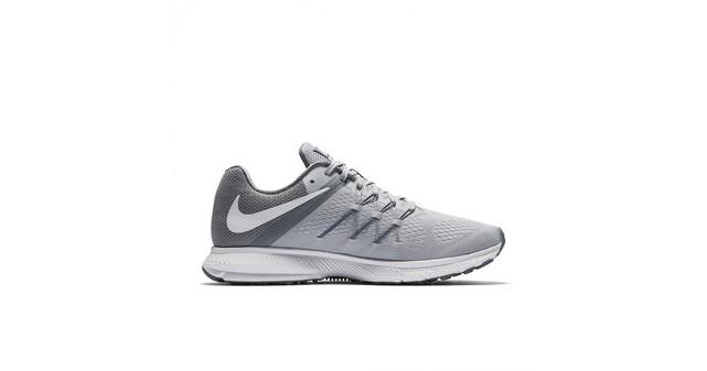 ce43fadda9 Nike Zoom Winflo 3 831561-011