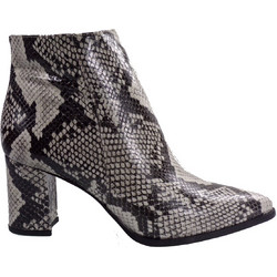 16964689b23 Fardoulis Shoes Γυναικεία Παπούτσια Μποτάκια 6713BA Λευκό Φίδι fardoulis  shoes 6713ba leuko fidi