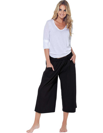 Βαμβακερό σύνολο άσπρη μπλούζα με μαύρη παντελόνα Jadea 3043 acd7359ccde