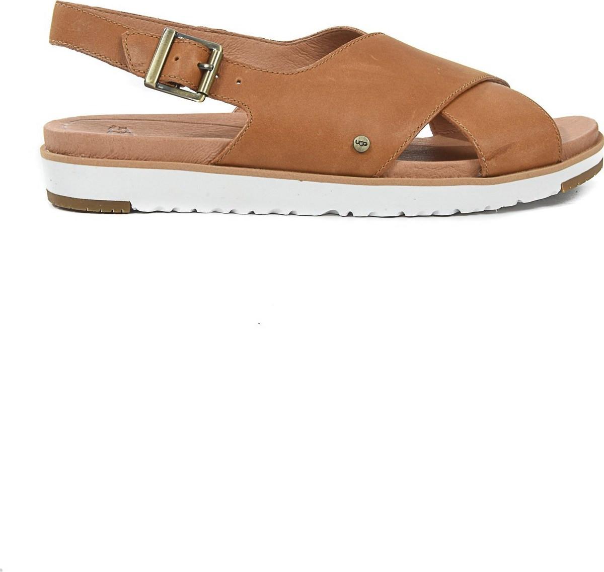 sandal  214e24c0b85
