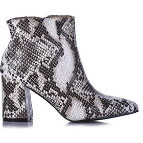 422d7942da7 Γυναικεία Μποτάκια με Τακούνι 38 • Tsoukalas Shoes | BestPrice.gr