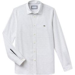 Lacoste ανδρικό πουκάμισο με μικροσχέδιο και λεπτομέρεια στο μανίκι The 4  Essential Shirts of the Season be2525a243e