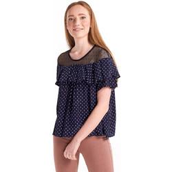 170c61644c2d Εμπριμέ μπλούζα με διαφάνεια και βολάν - Μπλε